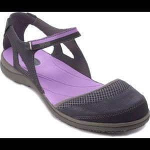 NIB Teva  Pasa Mary Jane sandal Sz 7.5 Purple Grey